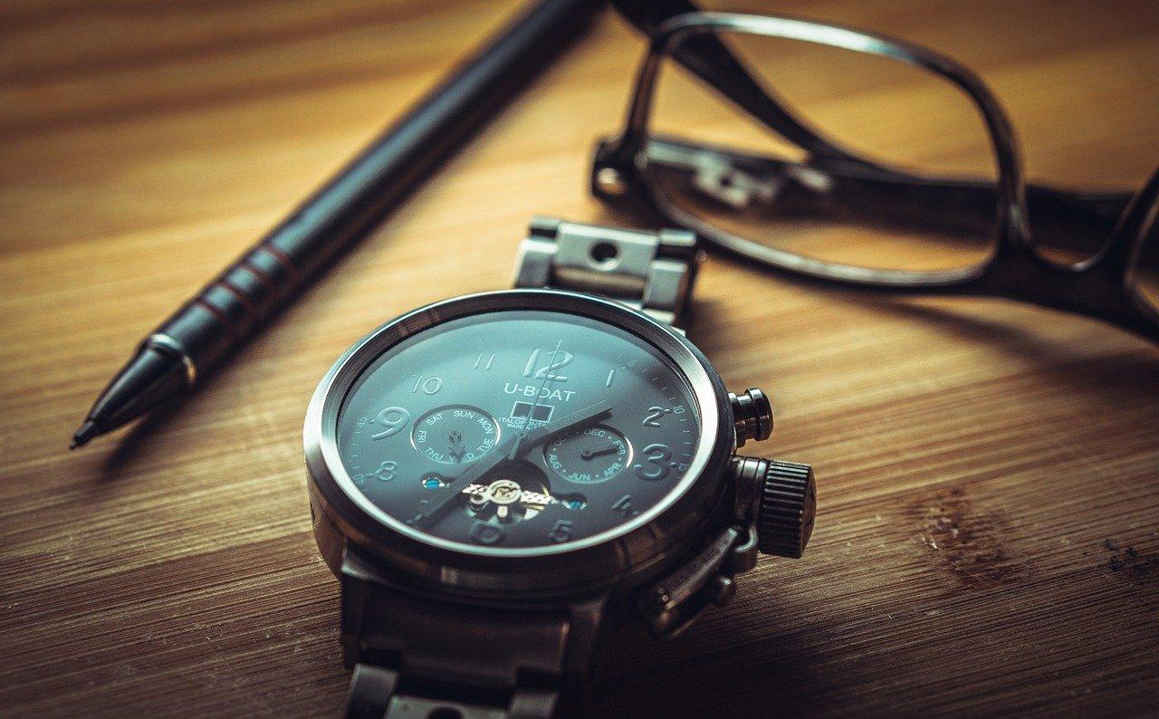 watch with glasses